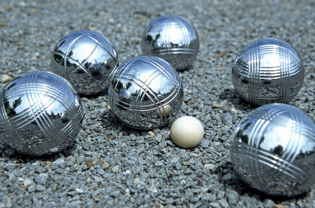 Building a pick-up device for your boule balls